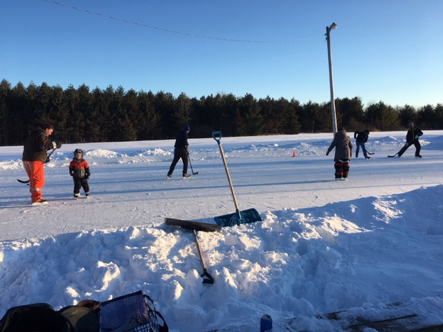 Glen Tay Outdoor Rink