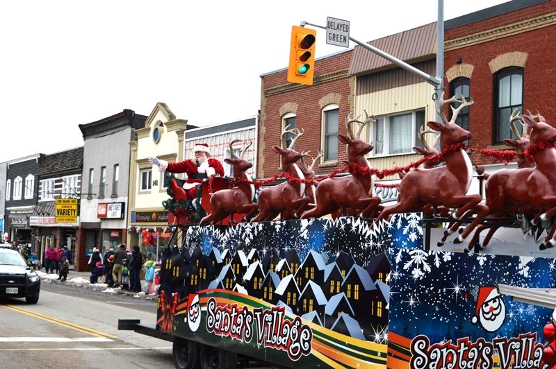 Santa Parade _santa sm