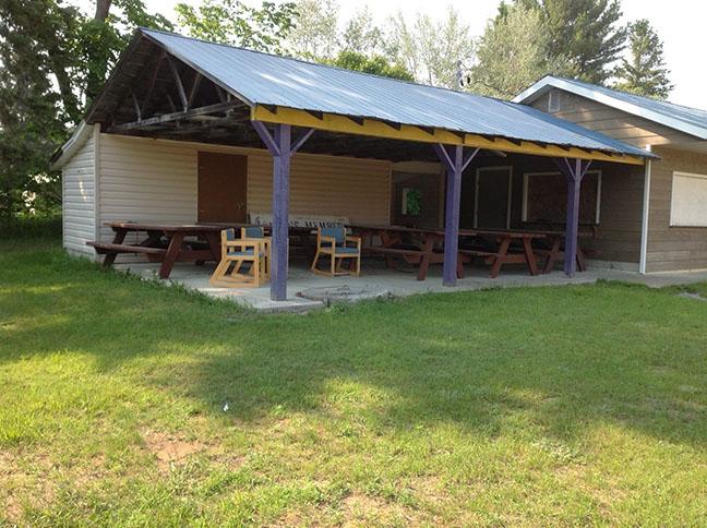 picnic shelter at Lion's Park
